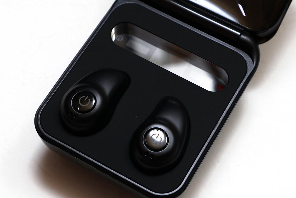 이어티나 TWS-i7 LED 무선 블루투스 이어폰 1.JPG