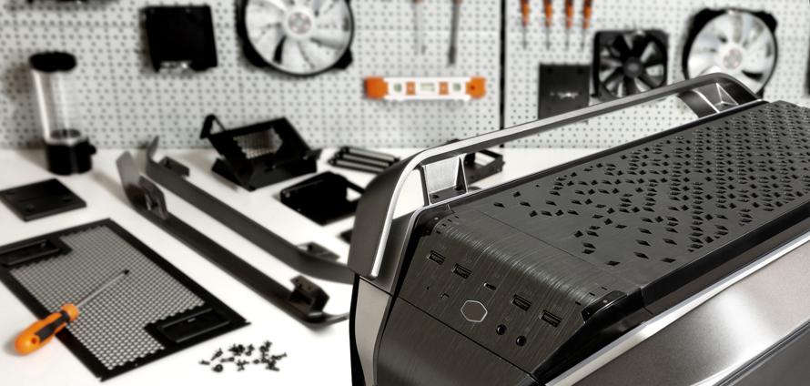 C700M_Lifestyle-07_AluminumPanels&Handles.jpg