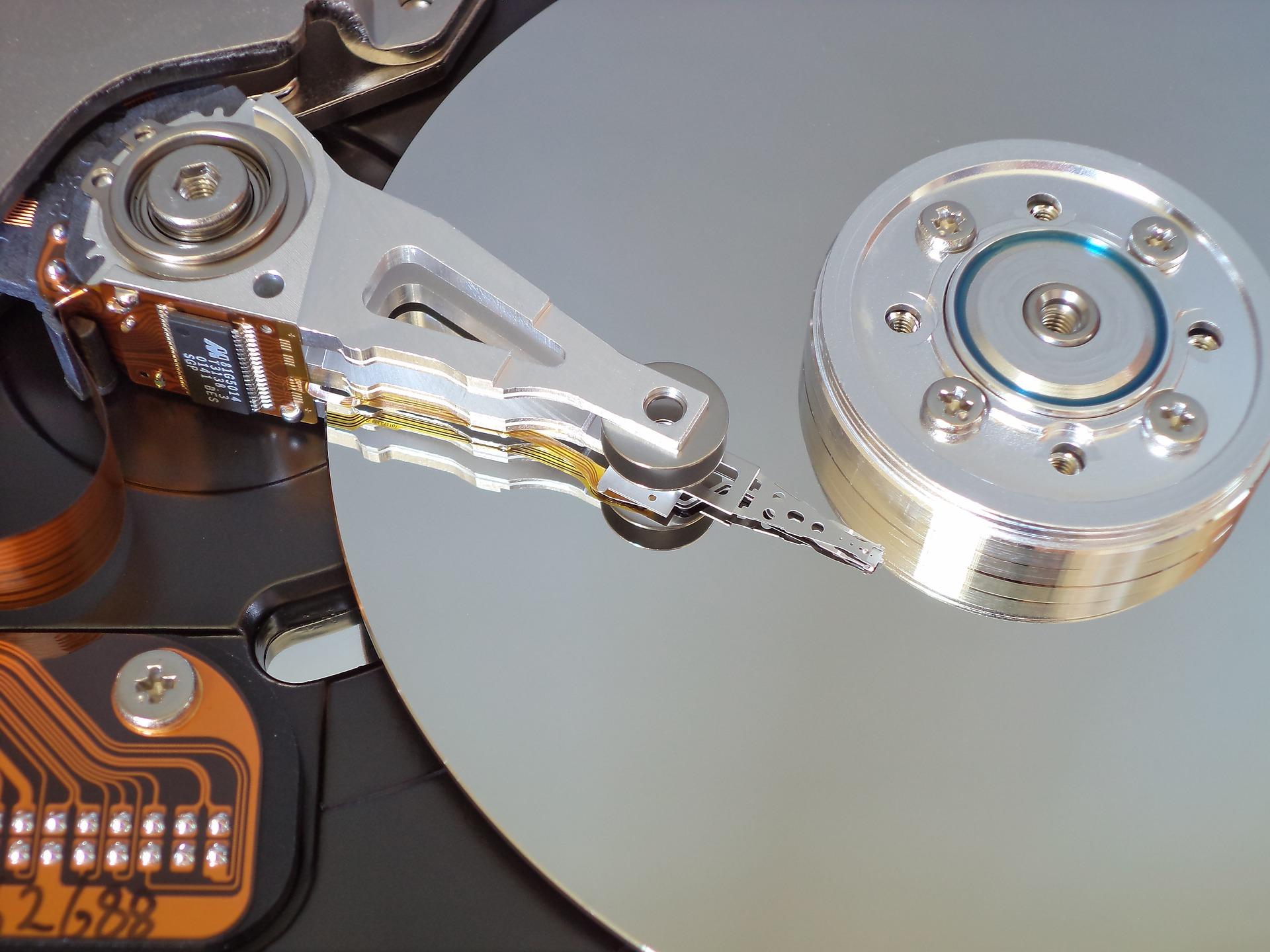 hard-disk-1643762_1920.jpg