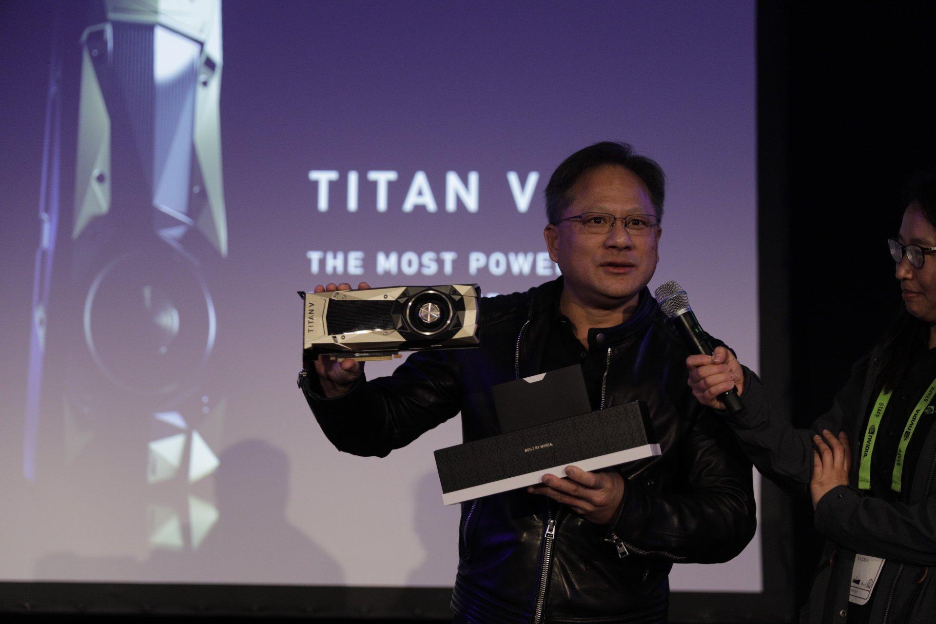NVIDIA-Titan-V-Volta-Graphics-Card_3.jpg